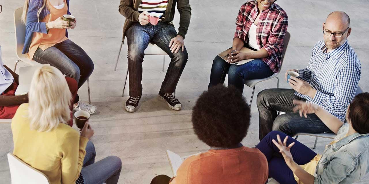 Gruppentherapien in der Burnout Klinik.