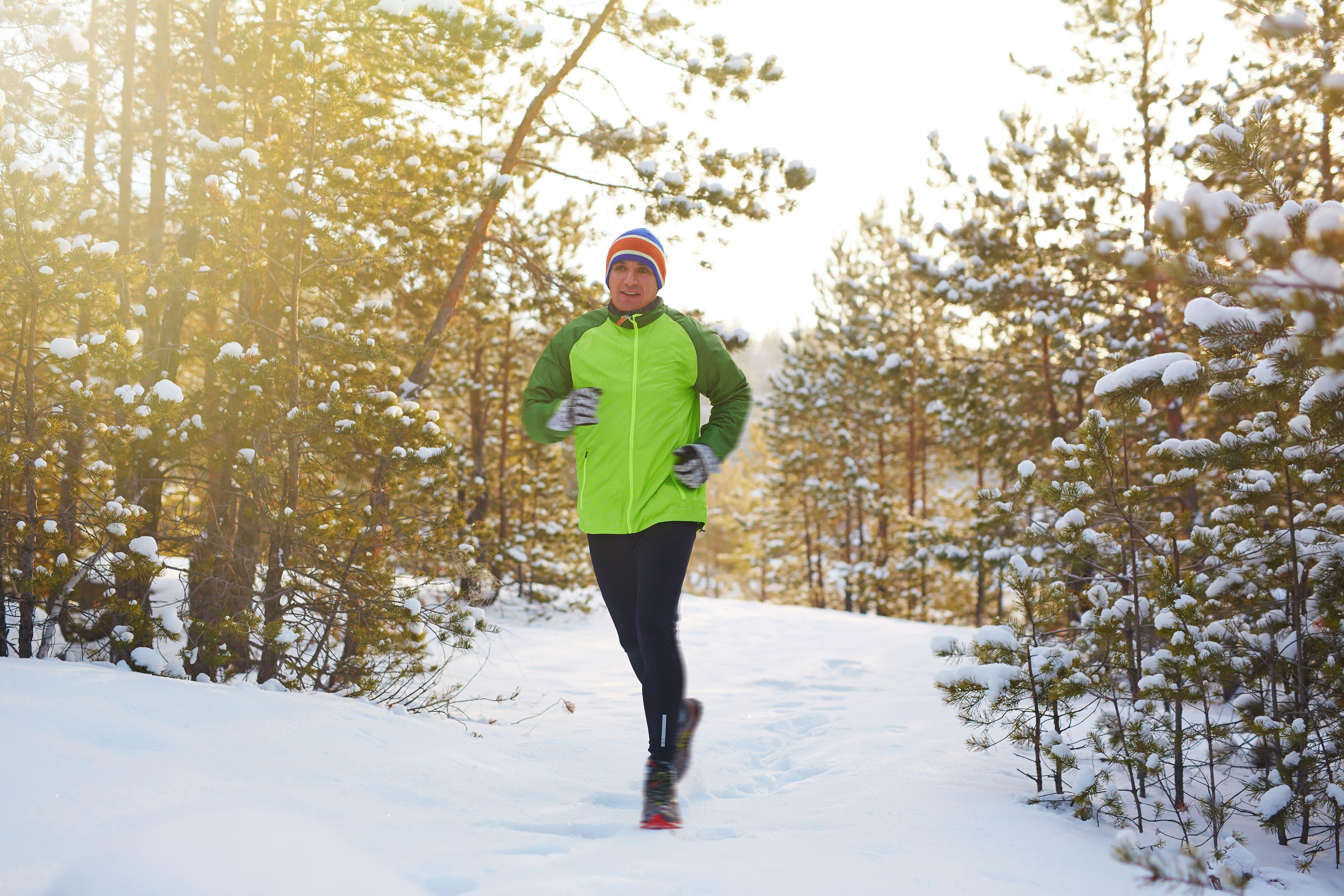 Die passende Kleidung zum Joggen ist besonders im Winter wichtig