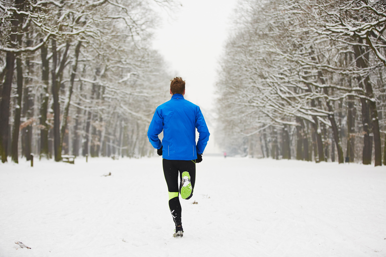 Sport im Winter hilft das Immunsystem zu stärken