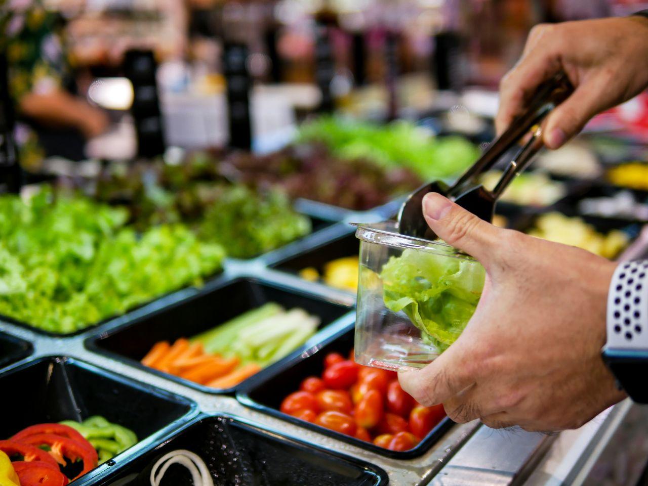 Obst und Gemüse sollte bevorzugt werden.