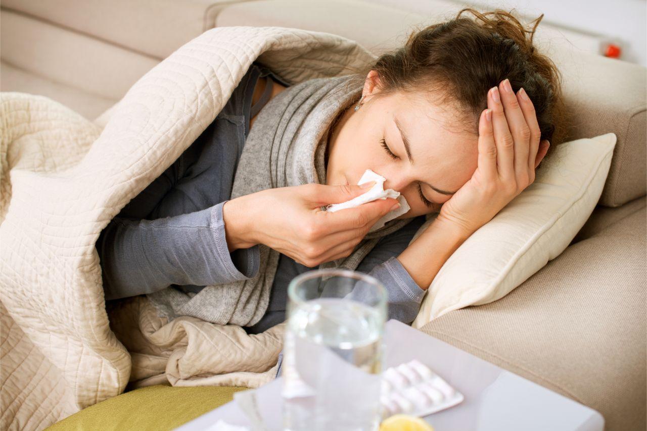 Bei einer Nierenbeckenentzündung fühlt man sich krank.