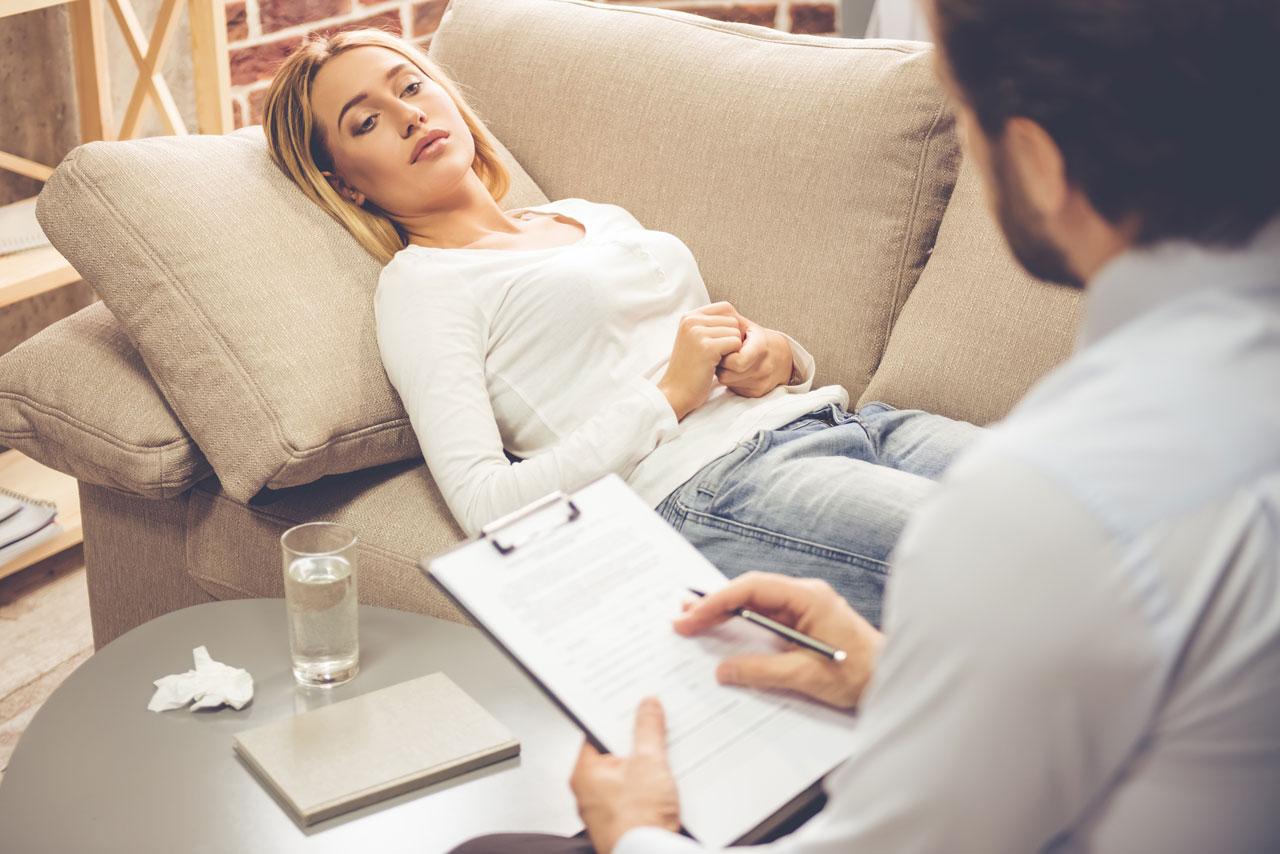 Kommt die Antriebslosigkeit durch eine Depression ist eine psychische Behandlung notwendig