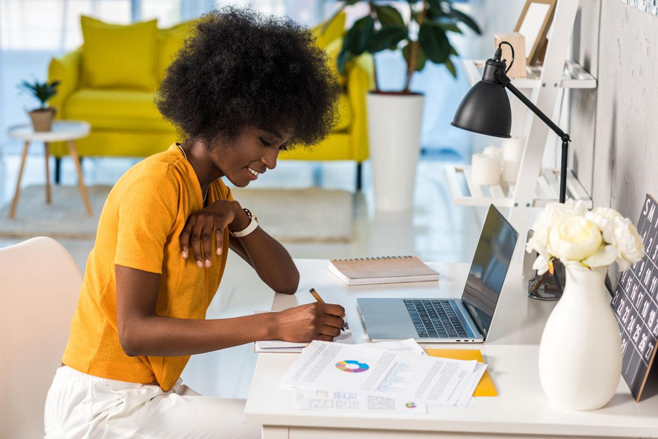 Home-Office stärkt die Mitarbeiterbindund in einem Unternehmen.