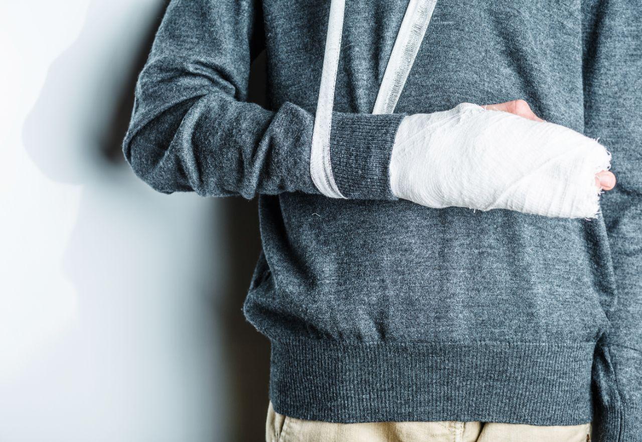 Sehnenscheide entzündet handgelenk wie lange gips